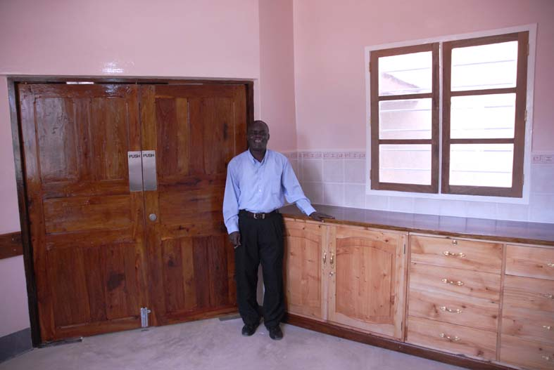 Site Manager, Joseph Mlulu, is rightly proud of the standard of finish he has achieved